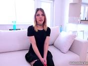 Cassie, l'esthéticienne de Aix-en-Provence, se retrouve gang-banguée sous les yeux de son copain ! (vidéo exclusive)