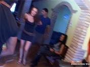 Carla, 18 ans, vet quitter son copain possessif et jaloux ! (vidéo exclusive)