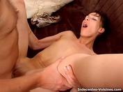 Patrick nous invite chez lui à Orléans pour nous présenter son plan cul : son aide à domicile Corinne ! (vidéo excusive)