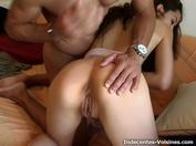 Mélanie, 36 ans, superbe blonde à lunettes à la sulfureuse poitrine ! (vidéo exclusive)