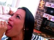 Dora, 24 ans, journaliste hongroise ! (vidéo exclusive)
