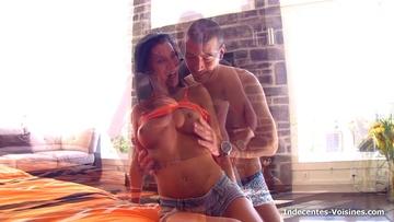 Cosmina, de visite dans la capitale pour une vidéo organisée par son mari !  (vidéo exclusive)