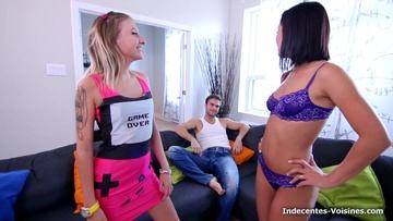 Flora nous fait visiter son cabinet de réflexologie!  (vidéo exclusive)