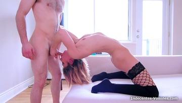 Elise, 44ans , est une professeur bien sexy !  (vidéo exclusive)
