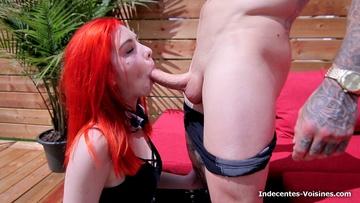 Aline nous accueille chez elle, nous offre le petit dej puis son cul !  (vidéo exclusive)